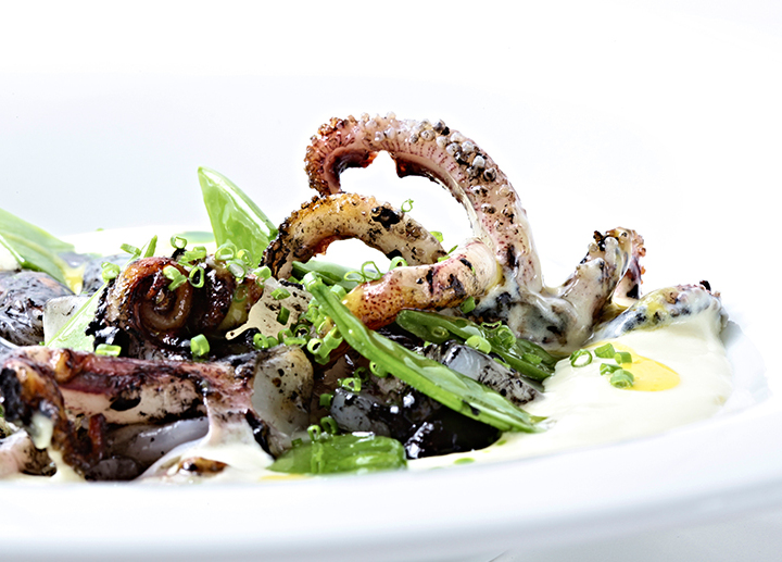 Parmentier squid with snow peas and citrus